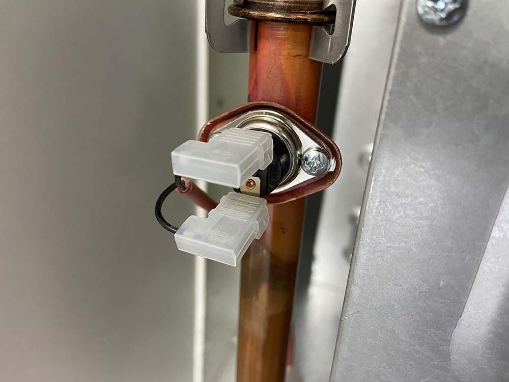 аварийный термостат газового котла